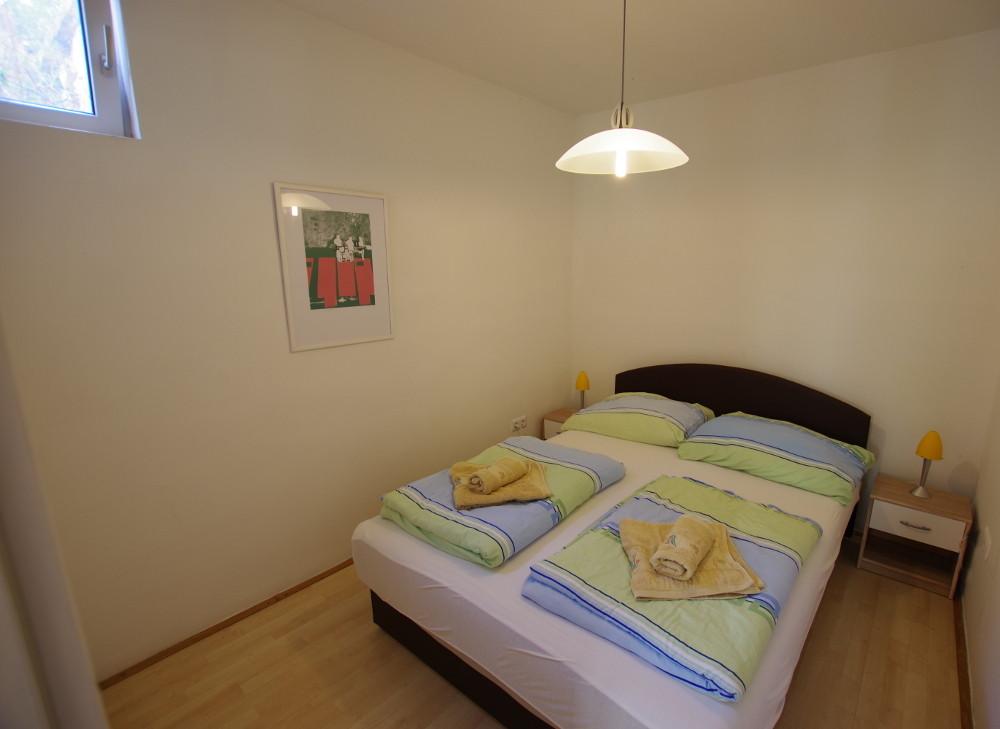 Appartement Ravni Schlafzimmer